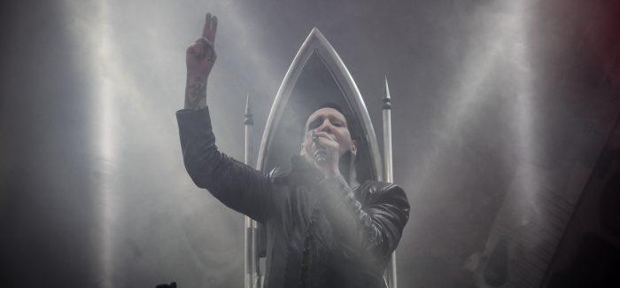 Marilyn Manson kan niks fout doen in het Klokgebouw