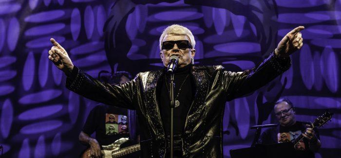 Krasse 80-jarige Heino zet (misschien) de show van het jaar neer in Effenaar