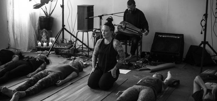 Een Shiva Yoga sessie met CHVE bij Yoga Hathi
